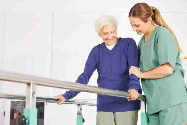 What to expect during your first day after knee replacement surgery